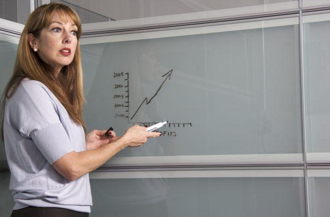 Descubra como fazer uma gestão de docentes mais eficiente