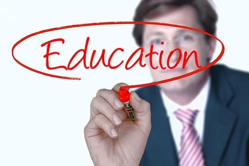 diferença entre Ensino Presencial, Semi-Presencial e à Distância